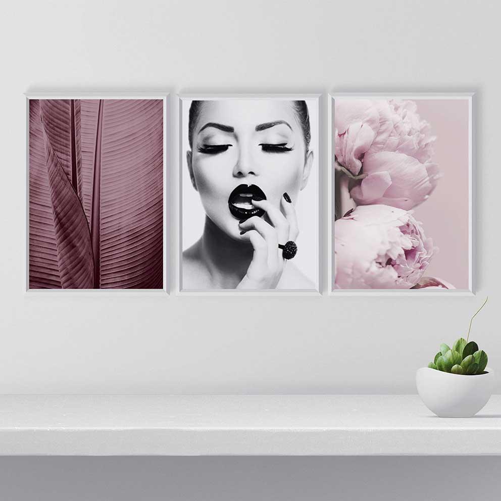 tranh canvas cô gái lá chuối hoa hồng 3